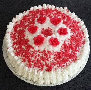 copertura torta con panna