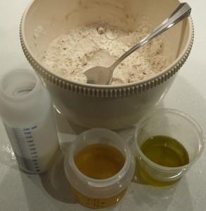 ingredienti per biscotti con farina di carrube