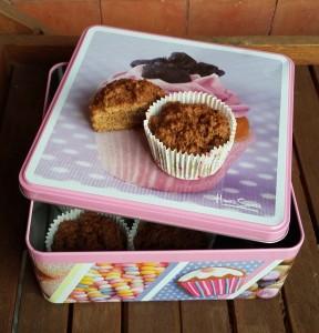 muffin alla crusca su tavolino